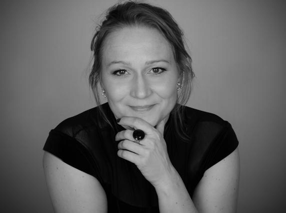 Miriam Treichl 11 bw web - Photo Credit Susanne Fagerlund