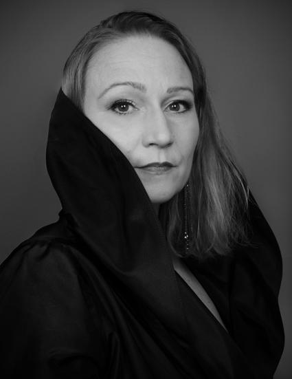 Miriam Treichl 13 bw web - Photo Credit Susanne Fagerlund
