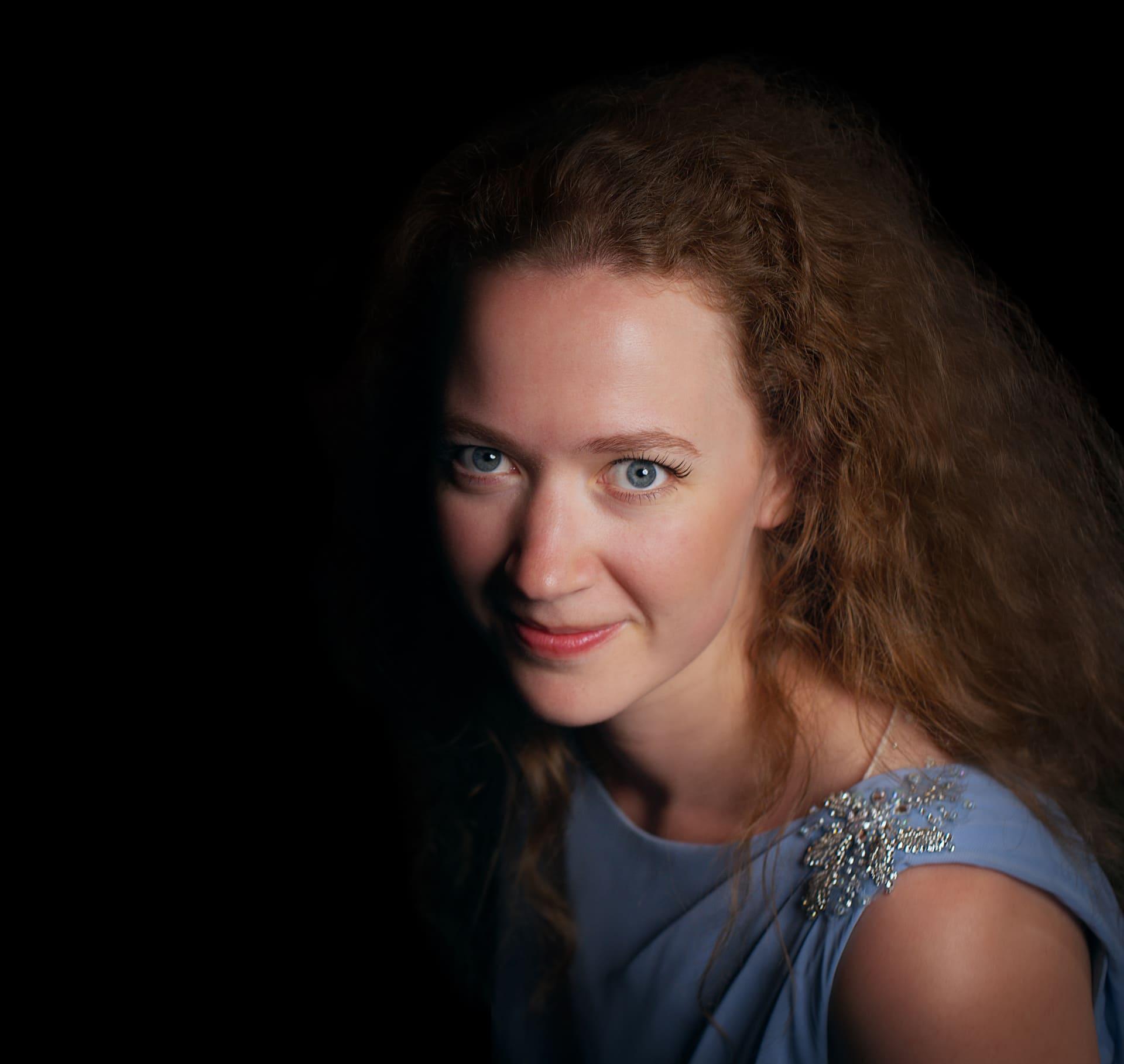 Jessica Elevant 2 kompr. web - photo by Helgi Reynisson